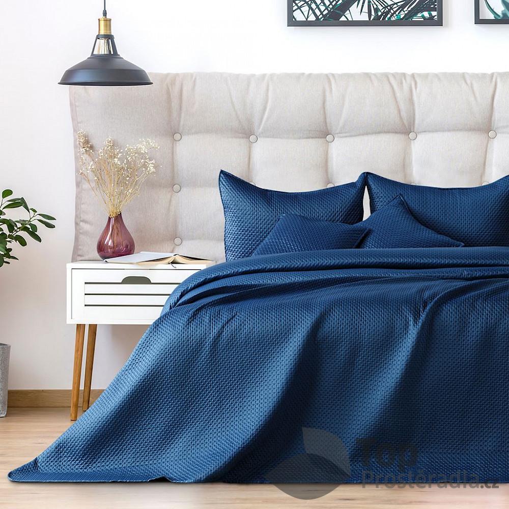 TOP Dekorační přehoz na postel CARMEN 240x260 - Tmavě modrý